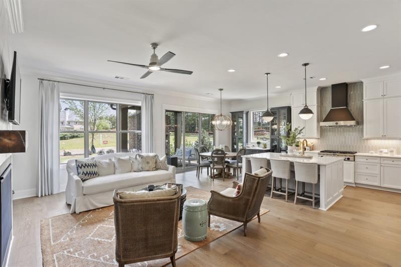 image of property at 4180 Avid Park NE 8